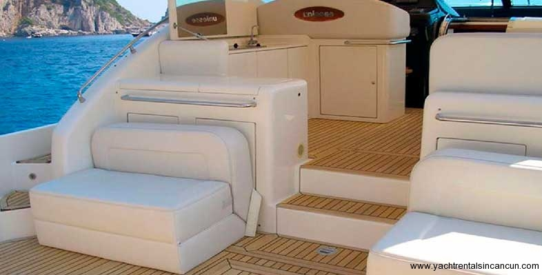 Yacht-Rentals-in-cancun-frenesia-48-pies