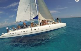Yacht Charters in Cancun private sailboat charter in cancun luxury charter puerto aventuras puerto morelos holbox isla mujeres contoy island large charter over the Mexican Caribbean private luxury serviceopen bar Puerto Aventuras