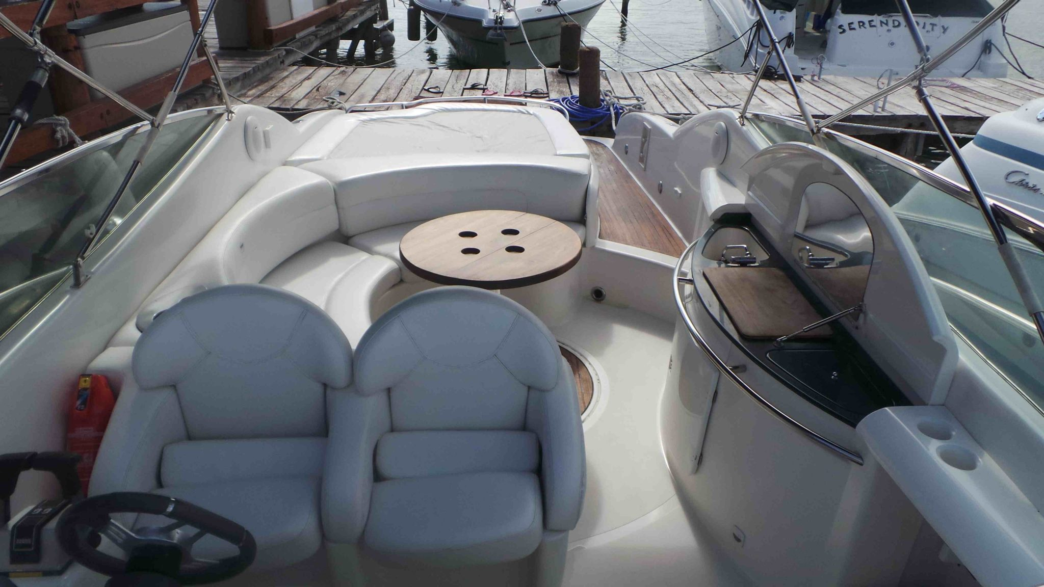 Yacht Charters in cancun luxury yacht for rent in cancun puerto aventuras and cozumel Sessa 35 feet