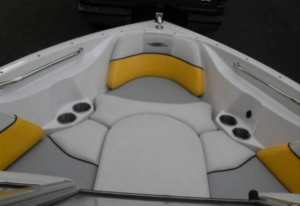 Boat Charter in Cancun 23 ft wakeboard boat in cancun 8