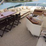 85 ft Azimut Yacht Charterts Cancun flybridge