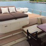 85 ft Azimut Yacht Charterts Cancun jacuzzi