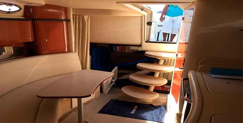 Renta de yates economicos en Cancun, renta de yates de lujo, charter privado, charter en yate, tour de snorkel, catamaran, velero, yate, cancun, isla mujeres, puerto cancun, puerto morelos, cozumel, puerto aventuras, playa del carmen, tulum, Sea Ray 32 pies