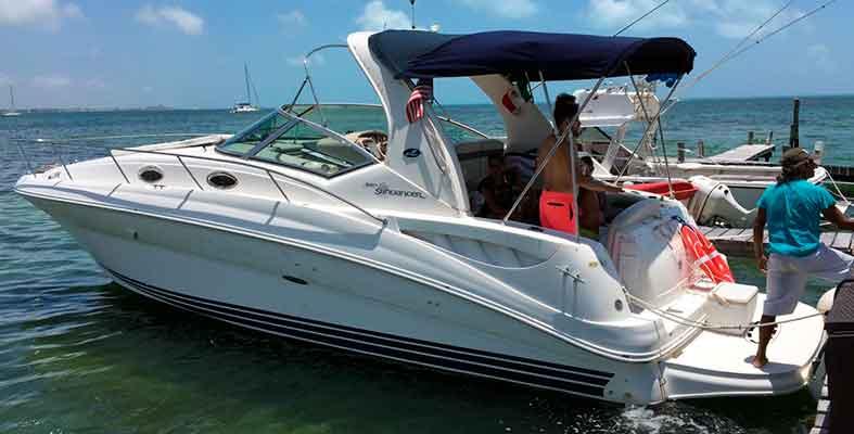 Renta de yates economicos en Cancun, renta de yates de lujo, charter privado, charter en yate, tour de snorkel, catamaran, velero, yate, cancun, isla mujeres, puerto cancun, puerto morelos, cozumel, puerto aventuras, playa del carmen, tulum, Sea Ray 32 piesRenta de yates economicos en Cancun, renta de yates de lujo, charter privado, charter en yate, tour de snorkel, catamaran, velero, yate, cancun, isla mujeres, puerto cancun, puerto morelos, cozumel, puerto aventuras, playa del carmen, tulum, Sea Ray 32 pies