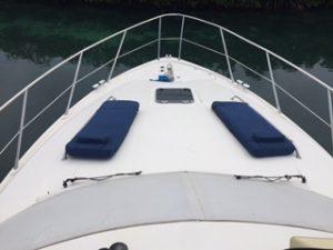 cancun yacht rentals sealine 45 in front